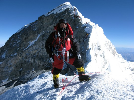 Apa Sherpa near the Everest summit. Photo courtesy www.apasherpa.com