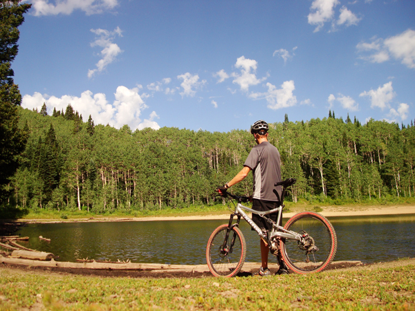 The destination of the mountain bike ride - Dog Lake.