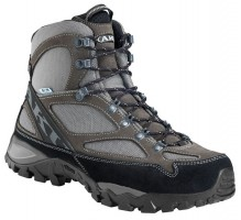 AKU La Stria Lite GTX hiking boots. (Courtesy image)