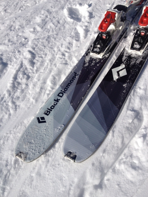 A closer look at the Black Diamond Convert's tails, complete with metal skin clip notches. (Photo: Jared Hargrave - UtahOutside.com)