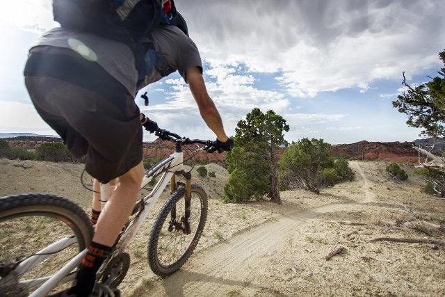 The Jass-Chrome Molly Trail is a good introduction to desert singletrack in the Vernal area. (Photo: Mike DeBernardo.)