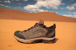 The Oboz Arete shoes were ideal hiking partners from the Wasatch Mountaisn to the sands of Coral Pink Sand Dunes State Park. (Photo: Jared Hargrave - UtahOutside.com)